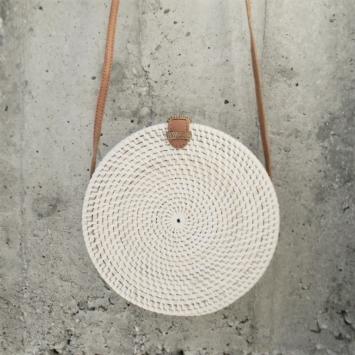 sac rond en rotin sita naturel ampersand shop. Black Bedroom Furniture Sets. Home Design Ideas