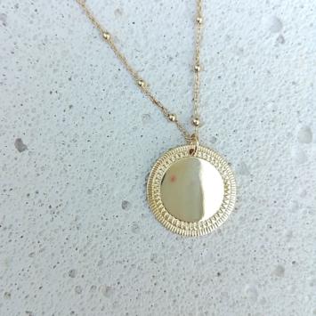 collier long sautoir plaqué or médaille soleil bijoux tendance boheme chic