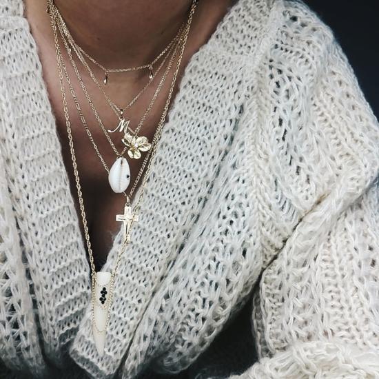 bijou tendance de créateur fait main bague chaine coeur plaqué or collier corne os cristal swarovski porté