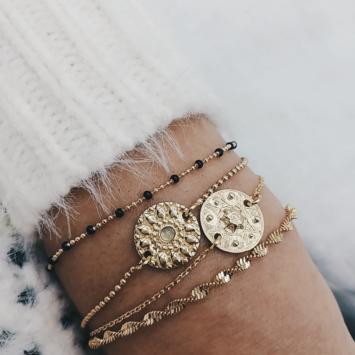 bijou tendance bohème plaqué or accumulation bracelet médaille perles noir