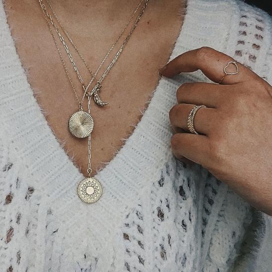 bijou tendance bohème collier plaqué or médaille soleil ethnique porté collier cravate pendentif lune et soleil