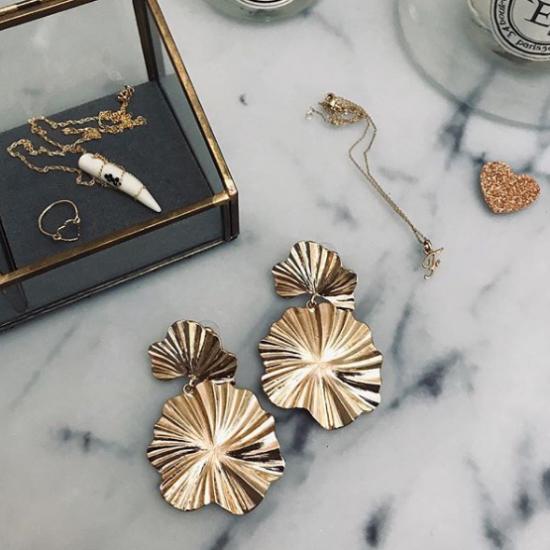 Bijoux bague coeur collier lettre initiale boite à bijoux