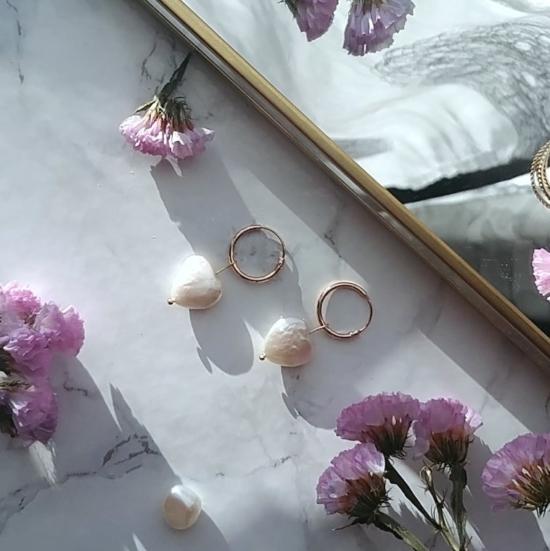 bijoux créateur tendance fait main handmade boucles d'oreilles créoles perles coeur plaqué or