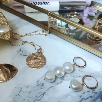bijoux créateur tendance fait main handmade boucles d'oreilles créoles perles plaqué or