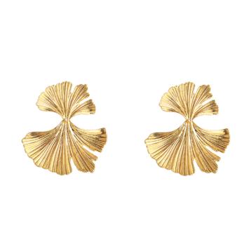 tendance bijoux grosses boucles d'oreilles dorées forme ronde organique fleur feuille ginko