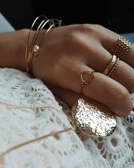 bijoux créateur tendance fait main handmade long collier sautoir grosse médaille martelée gondolée plaqué or jonc semainier bague coeur