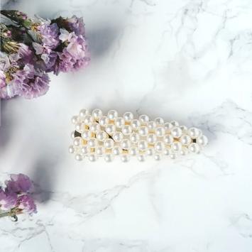 barrette perles brodées tendance accessoire cheveux