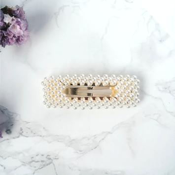 barrette rectangulaire perles brodées tendance accessoire cheveux