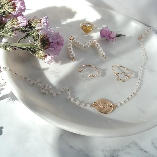 bijoux créateur bague étoile fait main plaqué or collier perles oeil lettre en perles