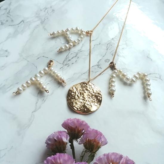 bijoux créateur fait main collier pendentif lettre initiale en perles