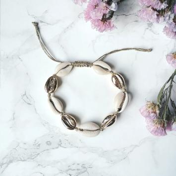 bracelet tendance coquillage cauri doré