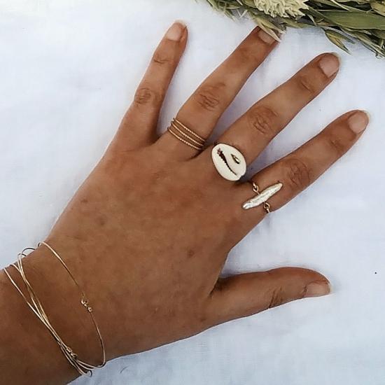 bijoux créateur tendance bohème bracelet jonc plaqué or bague coquillage cauri perle