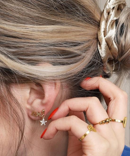 petites boucles puces pendantes etoiles brillantes idée look accumulation boucles d'oreilles or bijoux tendance