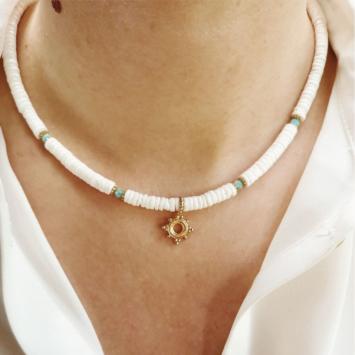 collier coquillage nacre blanc or collier heishi surfer tendance été bijoux créateur fait main look