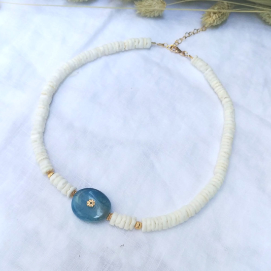 collier coquillage pierre semi précieuse agate bleue or collier heishi surfer tendance été bijoux créateur fait main