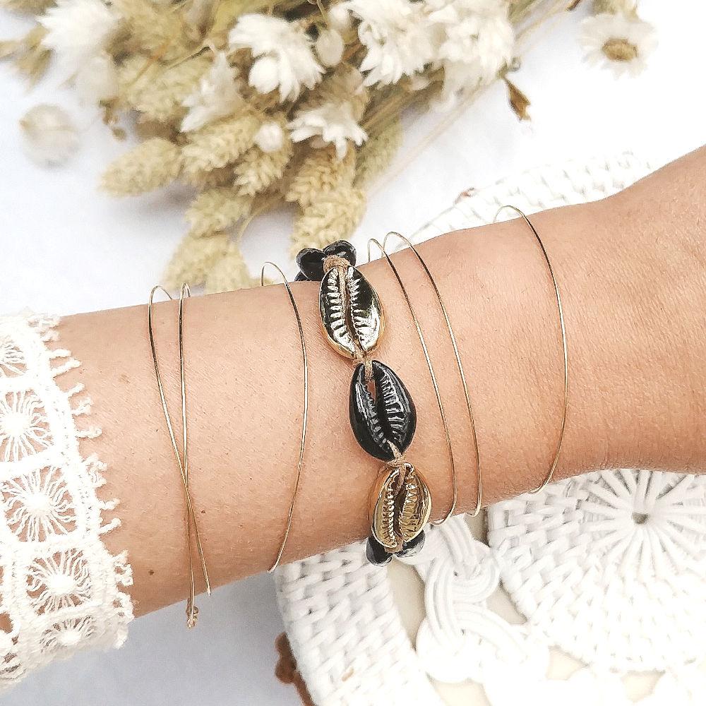 nouveau produit 1570d 0ad92 Bracelet coquillages COMORES
