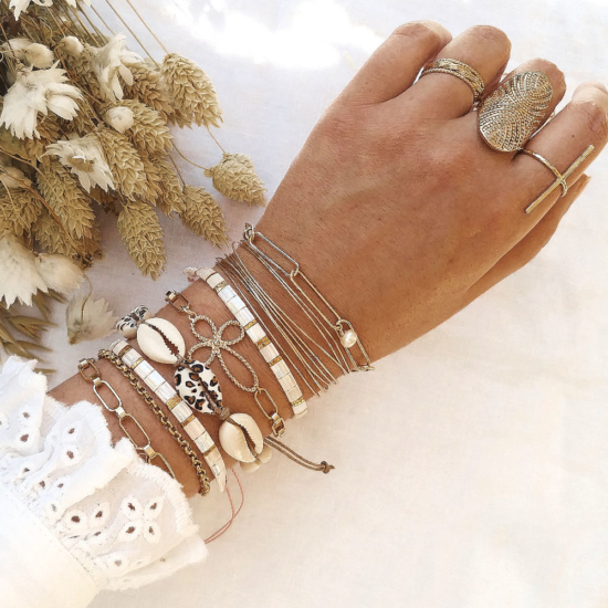 bracelets tendance coquillage cauri noir blanc imprimé léopard fait main joncs destroy bracelet néo bourgeoise gros maillons et perle bijoux créateur