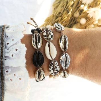 bracelets tendance coquillage cauri noir blanc imprimé léopard fait main bijoux créateur