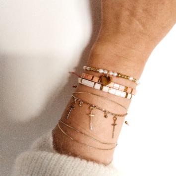 bijoux tendance bracelet pendentif croix plaqué or fait main bijoux créateur
