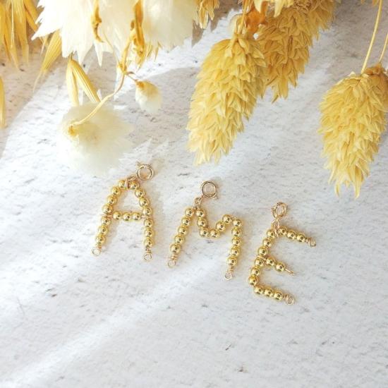 bijoux créateur fait main collier pendentif lettre initiale en perles or