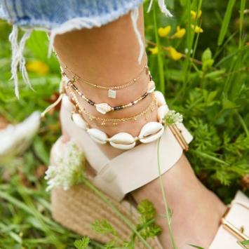 bracelet de cheville coquillage cauri blanc bijoux tendance été