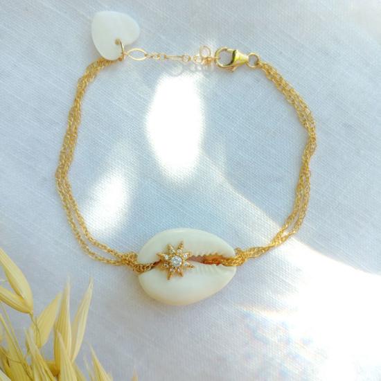 bracelet heishi nacre coquillage cowrie cauri bijoux or fait main bijoux créateur