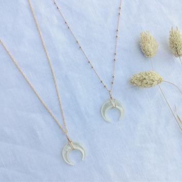 collier tendance corne demi luneen nacre fait main bijoux créateur made in france