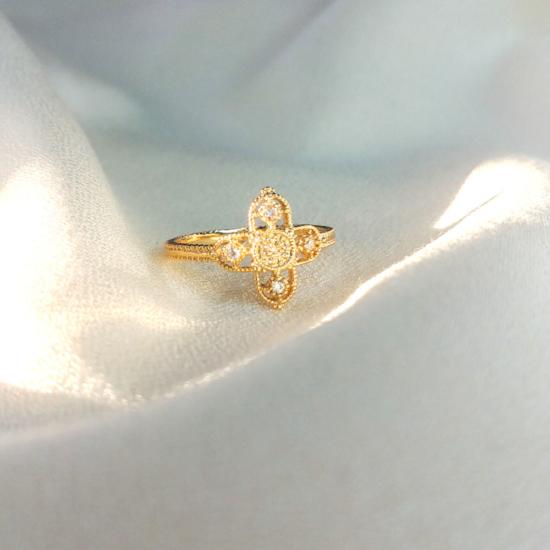 bague croix zircons fin et délicate bague à superposer plaqué or bijoux tendance