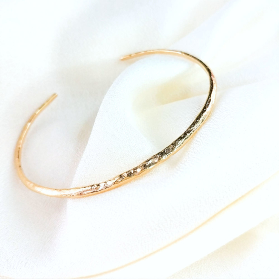 bijonx bracelet jonc texture martelé plaqué or bijoux createur instagram france