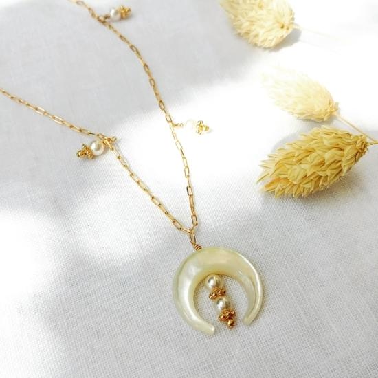 collier tendance été summer corne demi lune nacre or fait main bijoux créateur made in france