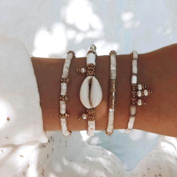 bracelet heishi nacre jonc perle eau douce coquillage cauri bijoux or fait main bijoux créateur