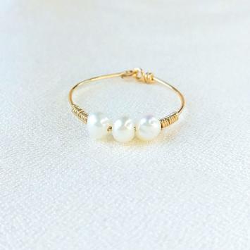 bague fine pierre gemme semi précieuse gold filled anneau perle bijoux à accumuler créatrice fait main france
